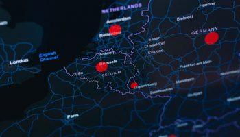 Cet automne, la Belgique est un des pays les plus touchés par la recrudescence des cas de Covid-19. © Kobu Agency, via Unsplash.